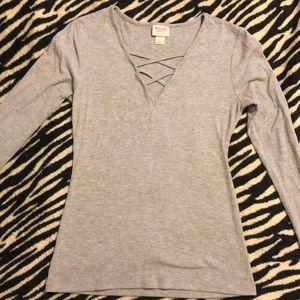 Long sleeve criss cross shirt